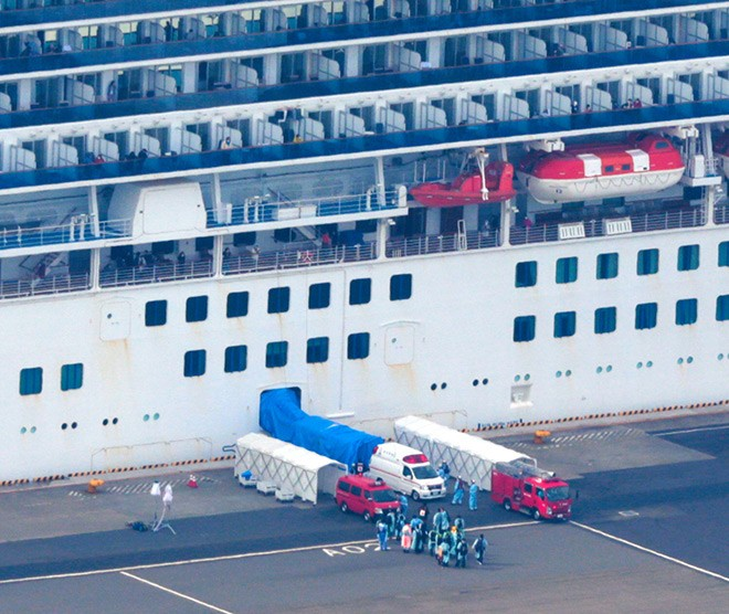 Coronavirus: What's it like being quarantined on the Diamond Princess cruise ship?