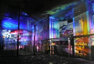 香川縣廳展望室上演光雕投影 融合市街夜景的夢幻光景(影片)