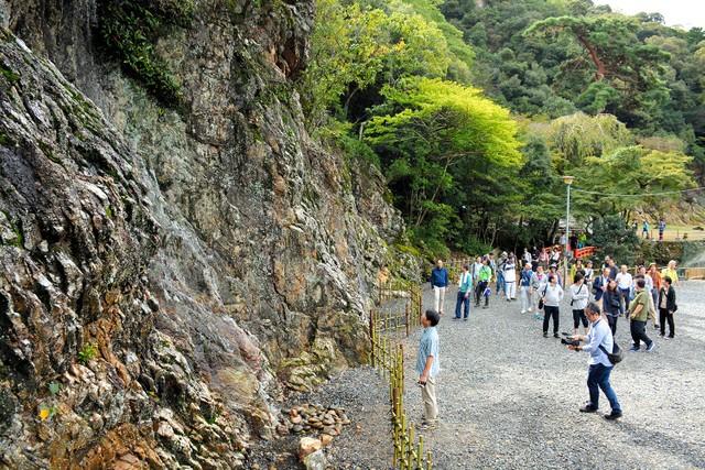 織田信長的「樂園」中  瀑布睽違450年重現