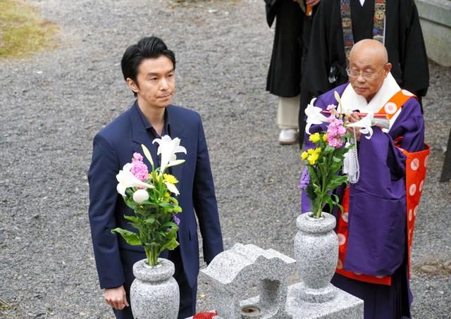 長谷川博己飾演明智光秀 於光秀墓前誓稱「演出好作品」