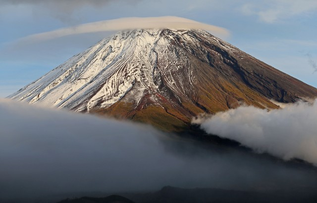 富士山本季遲來的首次覆雪 與往年相比晚了22天