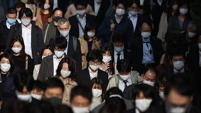 Japan on 'maximum alert' after record coronavirus cases: PM Yoshihide Suga