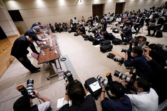 In its worst-ever glitch, Tokyo Stock Exchange trading halted