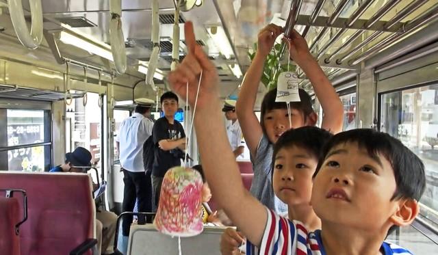 風鈴叮鈴作響涼意起 富士急行線「納涼電車」消暑上路