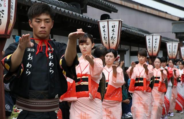 富山「歐瓦拉風之盆」揭開序幕 舞者們徹夜舞蹈熱鬧非凡