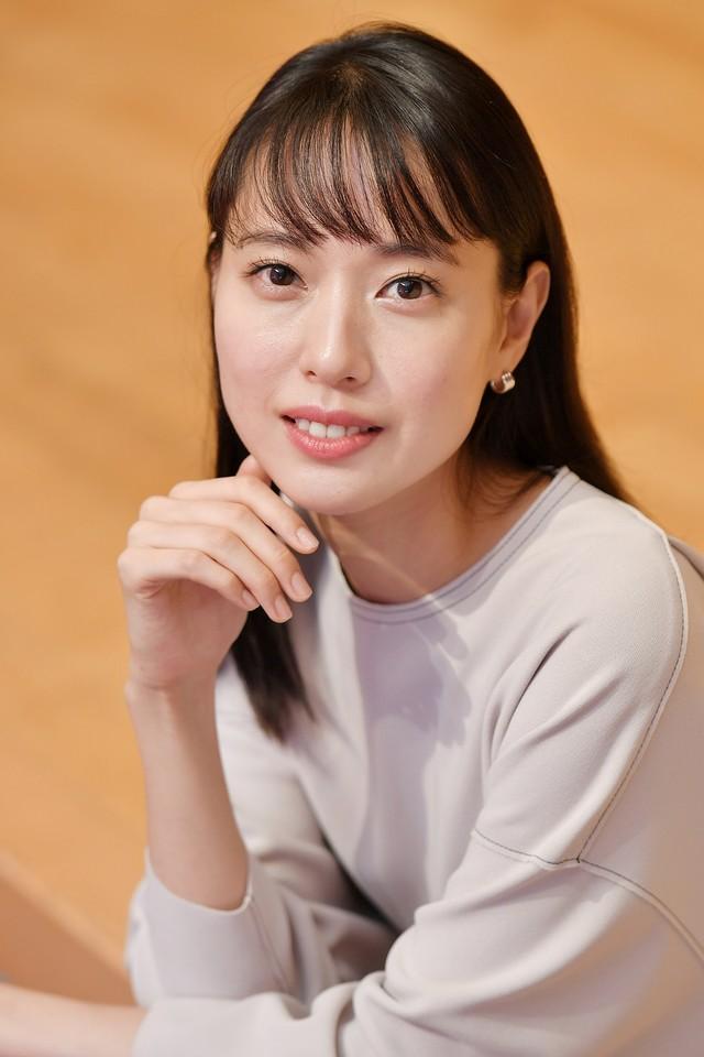 《緋紅》主演戶田惠梨香 最愛台詞「女人也有骨氣與自尊」
