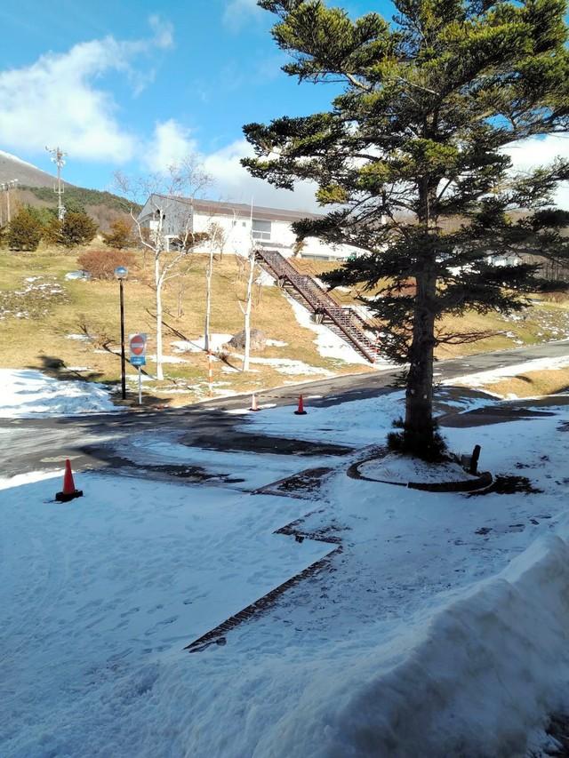 暖冬造成雪量不足引發哀號 也有滑雪場無法開業