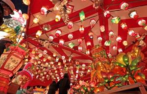 長崎燈會點綴夜空 試點燈斑爛光芒營造新春氛圍(影片)