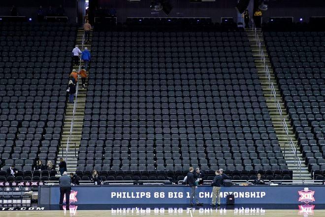 NCAA Men/'s Boston College Eagles RUN//TRI Singlet