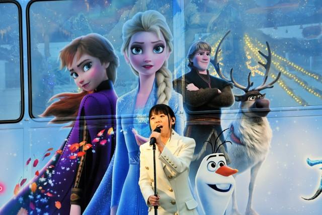 廣島耶誕電車將上路 中元Mizuki現場演唱《冰雪奇緣2》歌曲