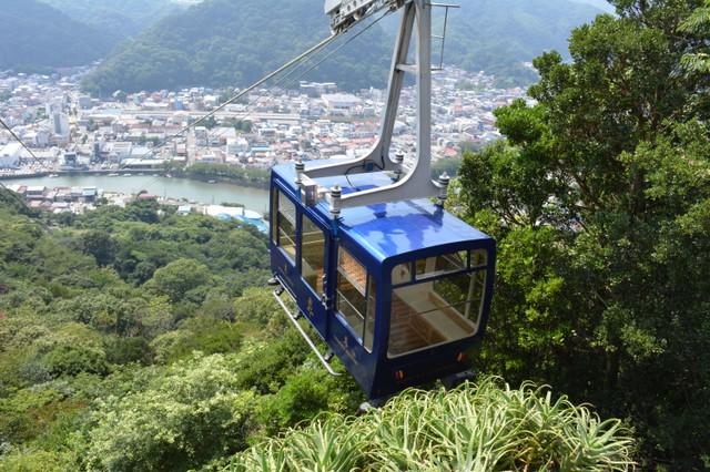 靜岡‧下田纜車重啟行駛 全新車廂以觀光列車為意象設計