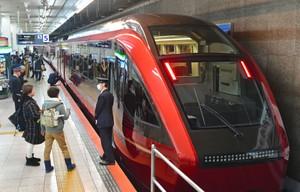 試乘近鐵特急「HINOTORI」 主打舒適感與新幹線抗衡(影片)