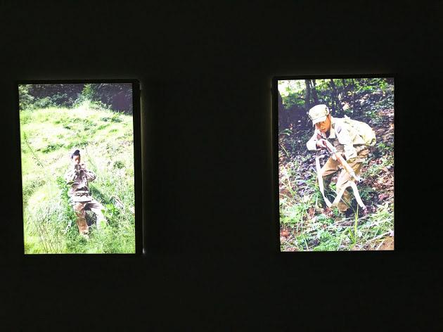 パク・チャンキョン《チャイルド・ソルジャー》2017-2018(筆者撮影)北朝鮮の少年兵のあどけない姿をテーマに、メディアが作りあげるイメージに疑問を投げかける。