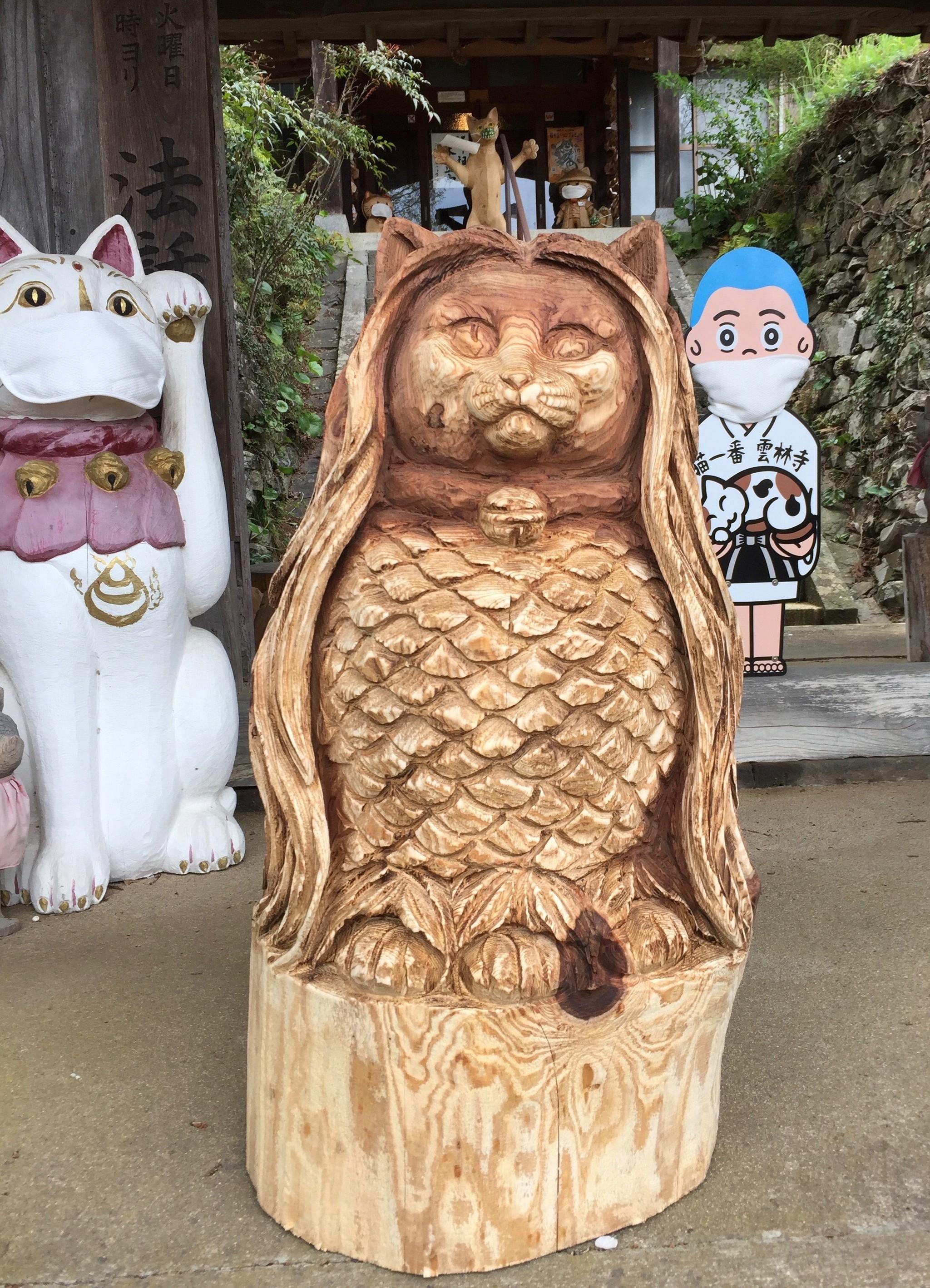 萩の「猫寺」に設置されたアマビエにゃらぬ「猫ビエ」さま 写真画像をお守りにする人も