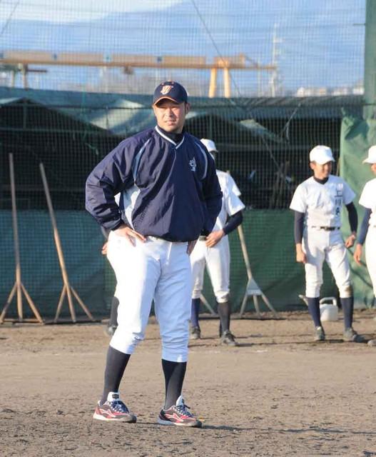 元プロ野球選手、監督で甲子園目指す 横浜でプレーの染田教諭 ...